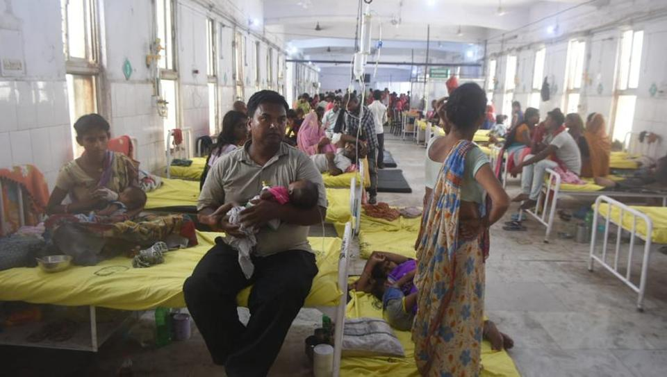 In Bihar, doctors treat patients on floor as hospital tries to cope with rush